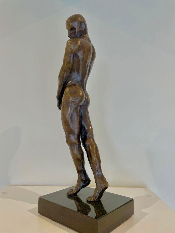 053-1 Alan Kuczynski Shy Guy 1of10 bronze Indoor 2021
