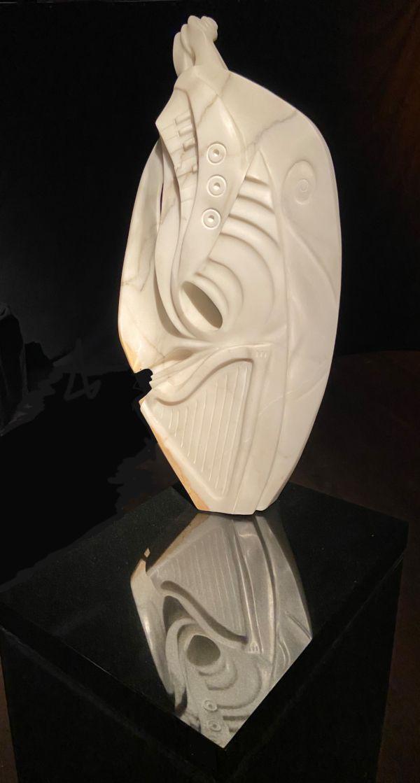 069-1 Roger McFarlane Reverie  marble Indoor 2021