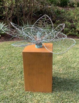 113-1 Catie Sully Fleur Unique copper Garden 2021